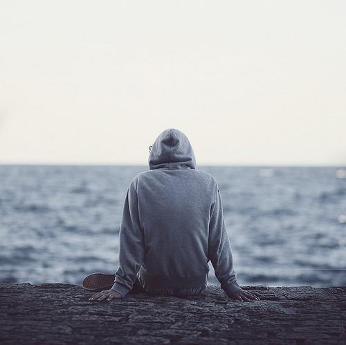 چرا تنهایی در جامعه ایرانی بیشتر شده است؟