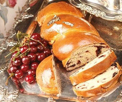 نان بادام و آلبالو ، نانی خوشمزه و لذیذ