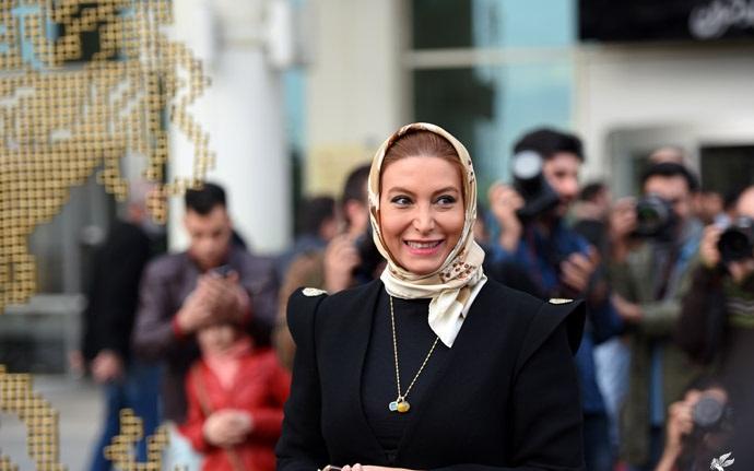 فریبا نادری:یک مسلمان دو آتشه ام
