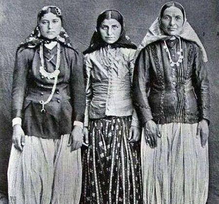 عکس:دختران بالاشهری دوره قاجار