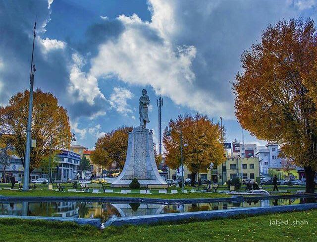 Image result for تصاویری از میدان فردوسی کرمانشاه