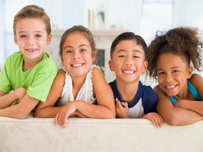 چگونه دوست یابی کودکتان را تقویت کنید؟