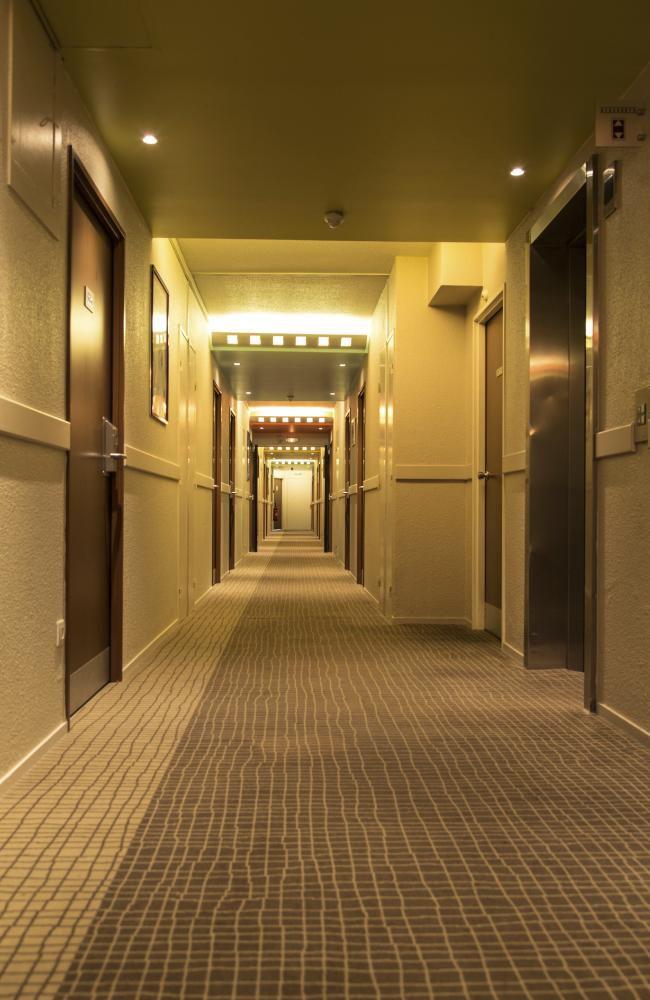 زنان برای گریه کردن به این هتل می روند