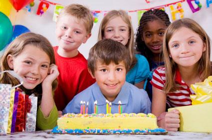 نكاتي درباره جشن تولد در خانه