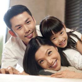 ابراز محبت والدین به یکدیگردر حضور کودک