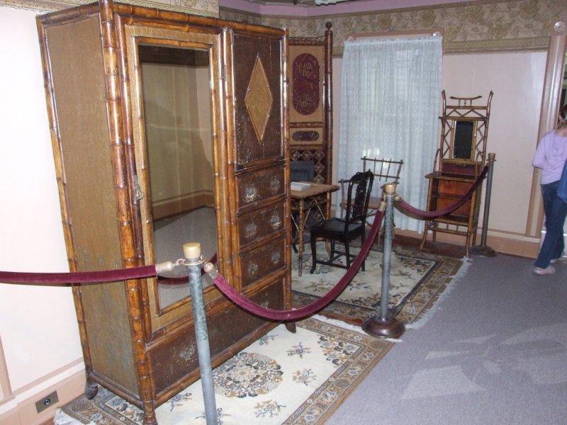 ارواح در ۱۶۰ اتاق این خانه سکونت دارند!