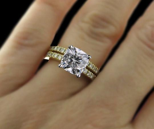 روش مناسب پاک کردن حلقه های الماس نشان