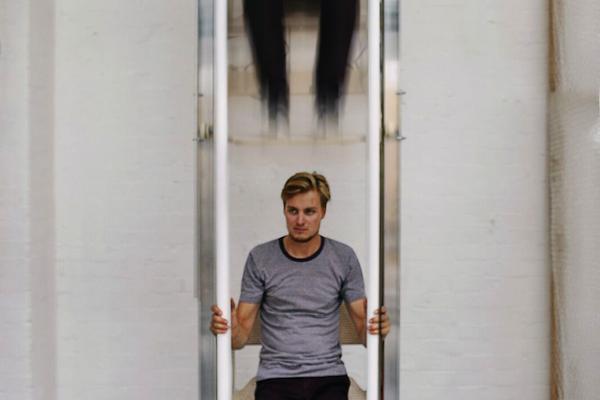 اختراع آسانسورهای دستی در هلند