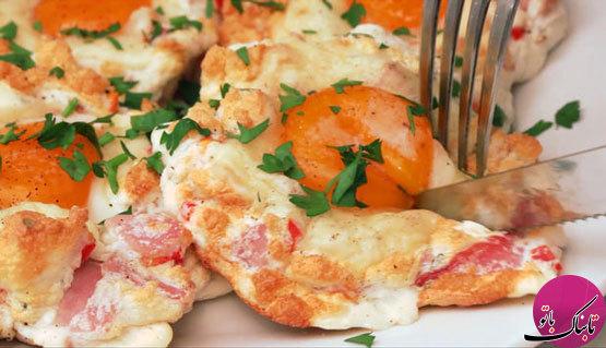 تخم مرغ پفکی و پنیر گودا؛ خوشمزه و آسان