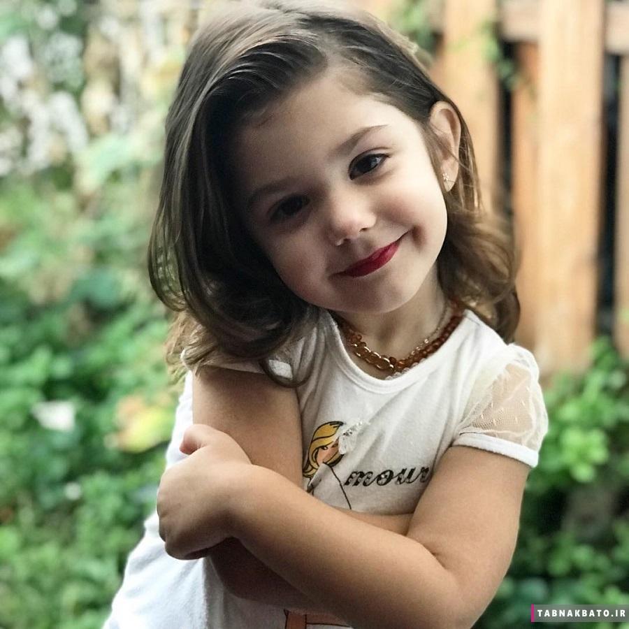 جنجال آفرینی آرایش دختر بچه سه ساله توسط مادر