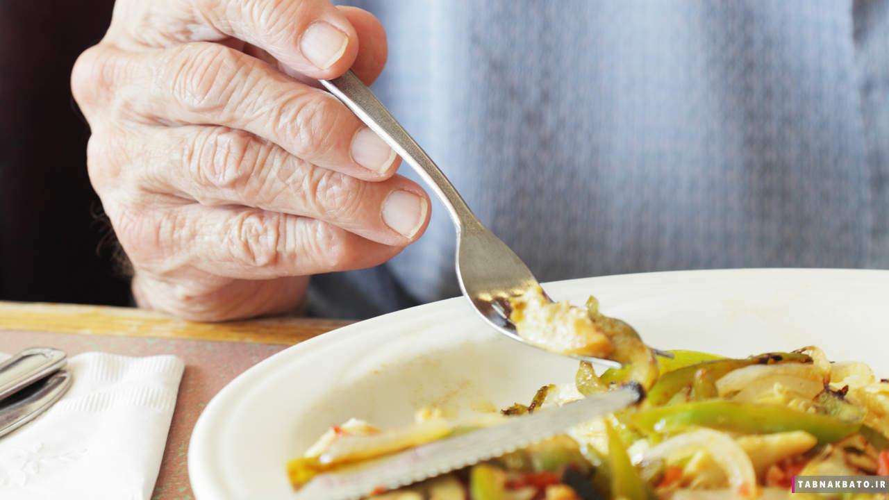 این خوراکیها باعث تخریب عملکرد مغز و آلزایمر میشوند!