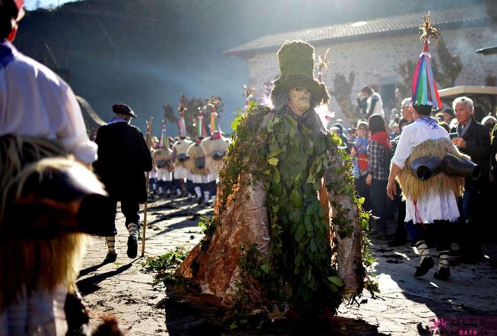 كارناوال و جشنواره باستاني قبيلهاي در ايتورن