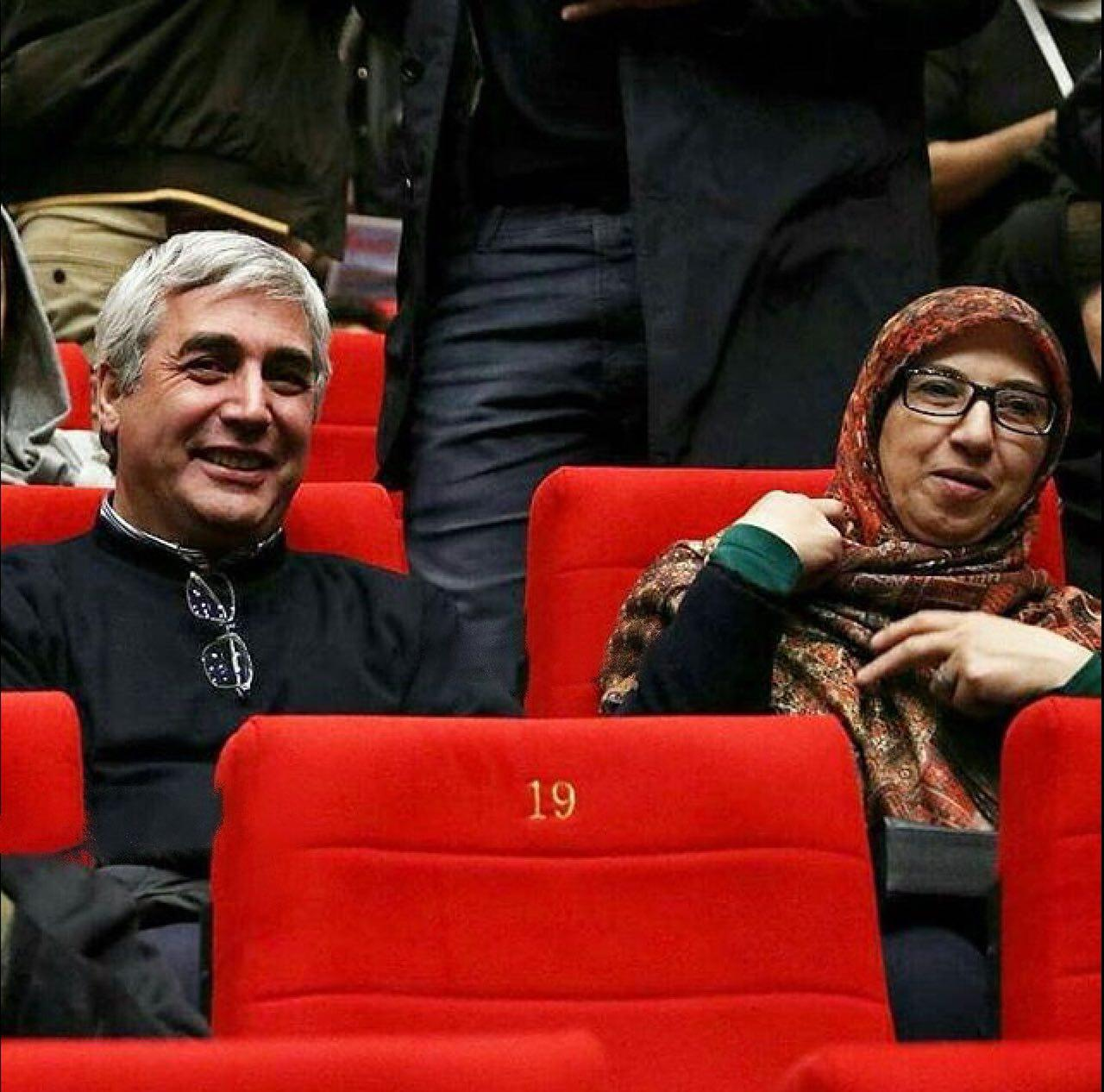 حاتمى كيا همراه همسرش به جشنواره فجر آمد +عکس