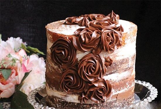 کیک شکلاتی طبقاتی، مخصوص جشن تولد