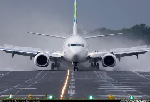 فرود هواپیماها در شرایط سخت