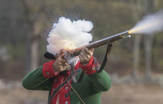 شلیک دیدنی یک سرباز انگلیسی +عکس