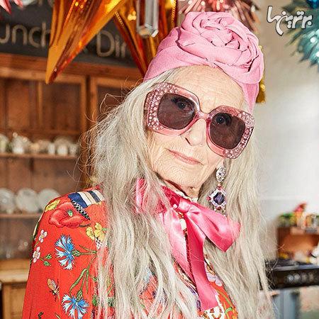 پیرترین مدل جهان در تبلیغات لوازم آرایش!