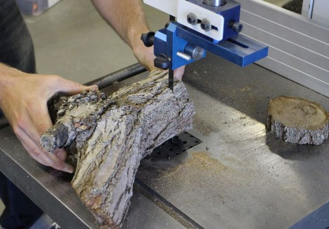 ابتکار جالب در برش چوب