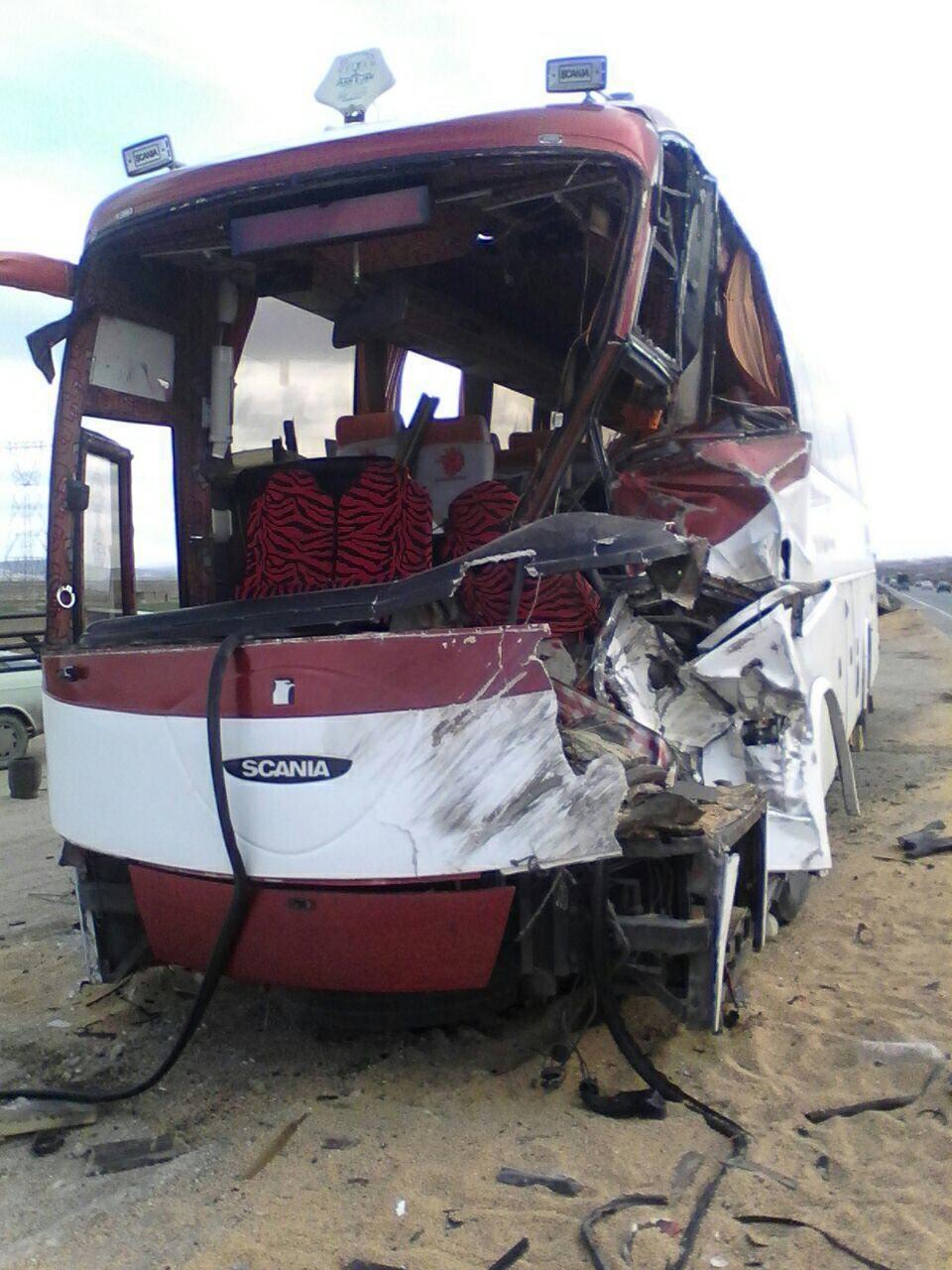 تصادف اتوبوس ارومیه - اهواز با یک کشته +عکس