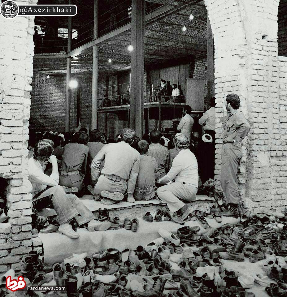 حسینیه جماران در زمان سخنرانی امام خمینی +عکس