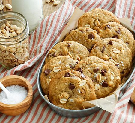 طرز تهیه دو نوع شیرینی خانگی خوشمزه مخصوص عید