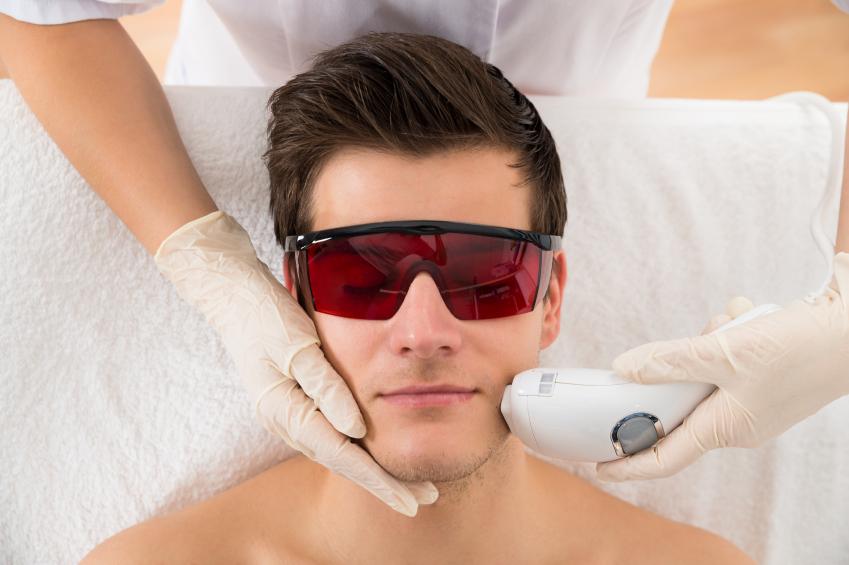 در چه مواردی باید از لیزر درمانی استفاده کنیم