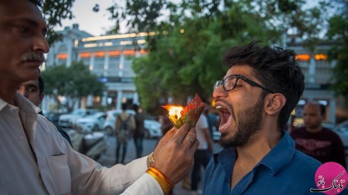 لقمه های آتش در خیابان های هند