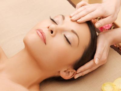 آموزش روش انجام ماساژ ژاپنی پوست صورت