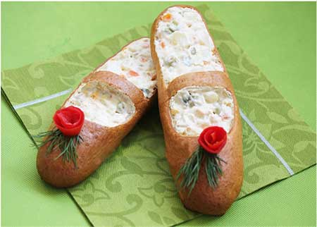 تزئین سالاد الویه به شکل کفش دخترانه!