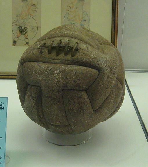 اولین توپ در فینال جام جهانی فوتبال +عکس