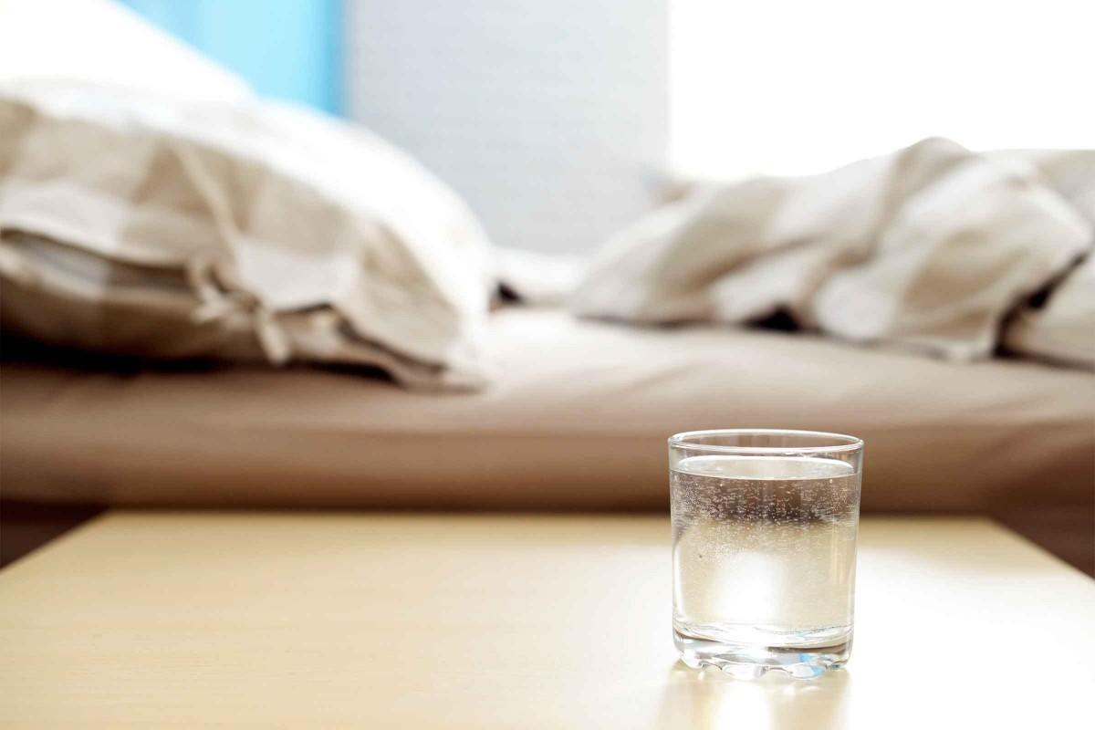 چرا پیش از خواب حس تشنگی داریم؟