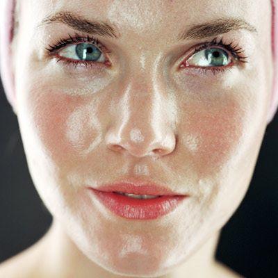عواملی که باعث چرب شدن پوست می شود