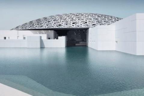 ساخت یک نسخه از موزه لوور در دل آب