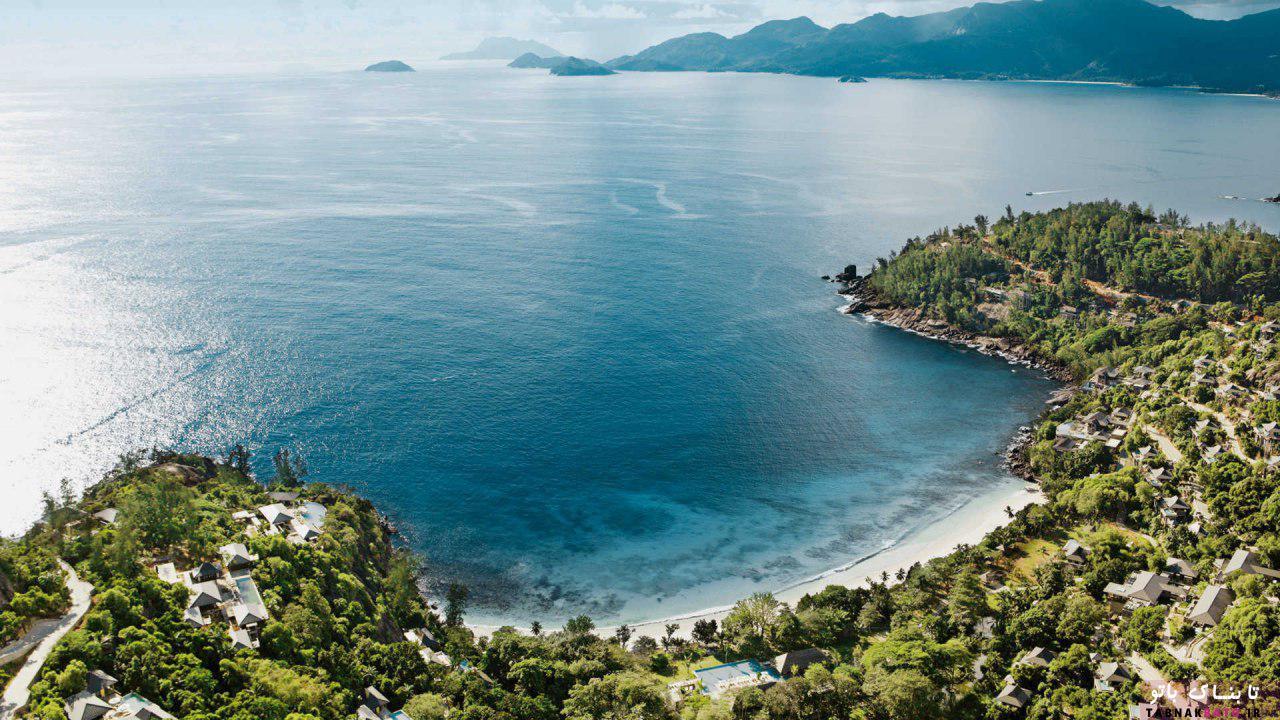 10 جزیرهای که مقصد سفر افراد مشهور است