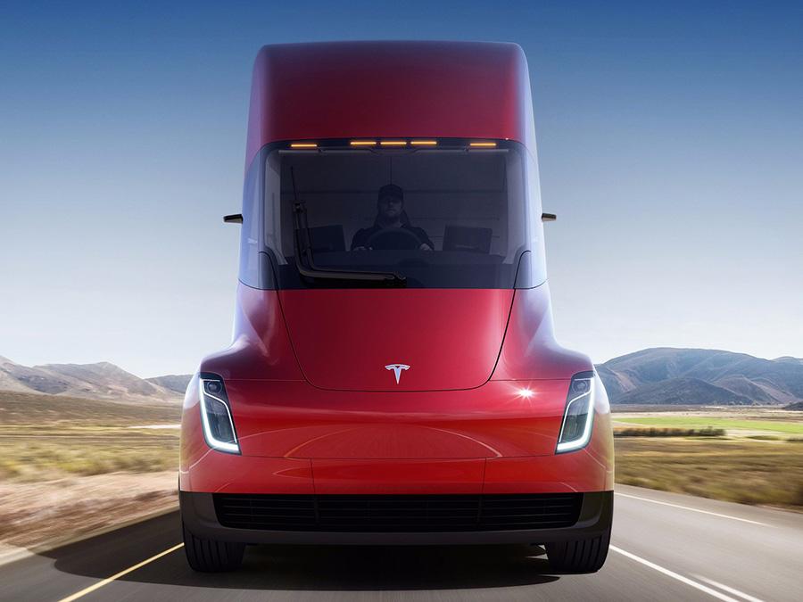 سرانجام نخستین کامیون تسلا معرفی شد