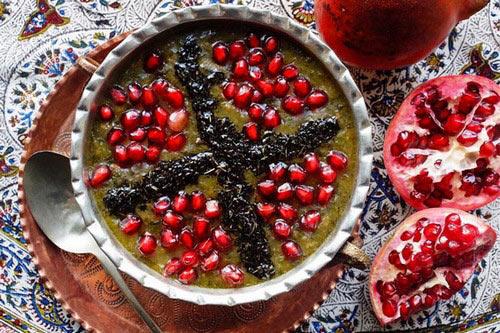 آش انار غذایی لذیذ برای شب یلدا