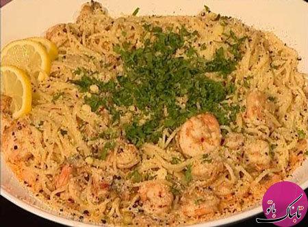 اسپاگتی با میگو و سس کاری