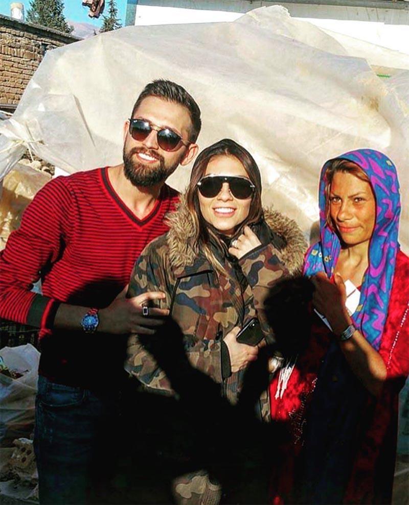 خنده محسن افشانی و همسرش در مناطق زلزله زده+عکس