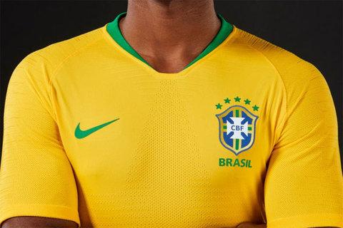 رونمایی از پیراهن اول تیم برزیل در جام جهانی+ عکس