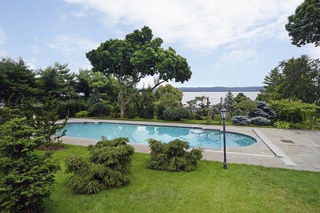 خانهای که ارزش درختهای آن ۲ میلیون دلار است+عکس