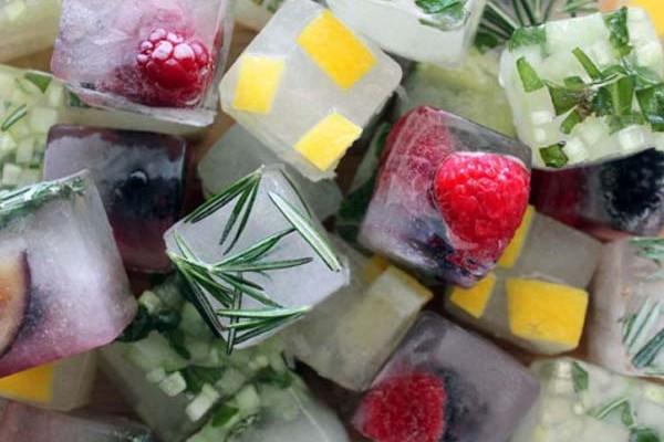 ایده های جالب تزئین یخ برای میهمانی ها