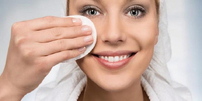 آیا پاک کننده های آرایش برای شما مضر هستند؟ {hendevaneh.com}{سایتهندوانه} - 216281 244 - آیا پاک کننده های آرایش برای شما مضر هستند؟