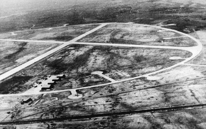 اولین هواپیما چند سال پس از اختراع وارد ایران شد؟ +تصاویر