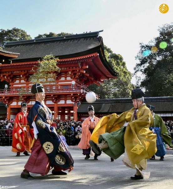 بازی محبوب ژاپنیها در پرستشگاه کیوتو +تصاویر