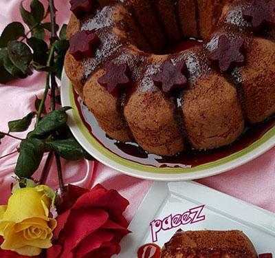 کیک لبو شکری با سس مخصوص؛ زمستانی صورتی!