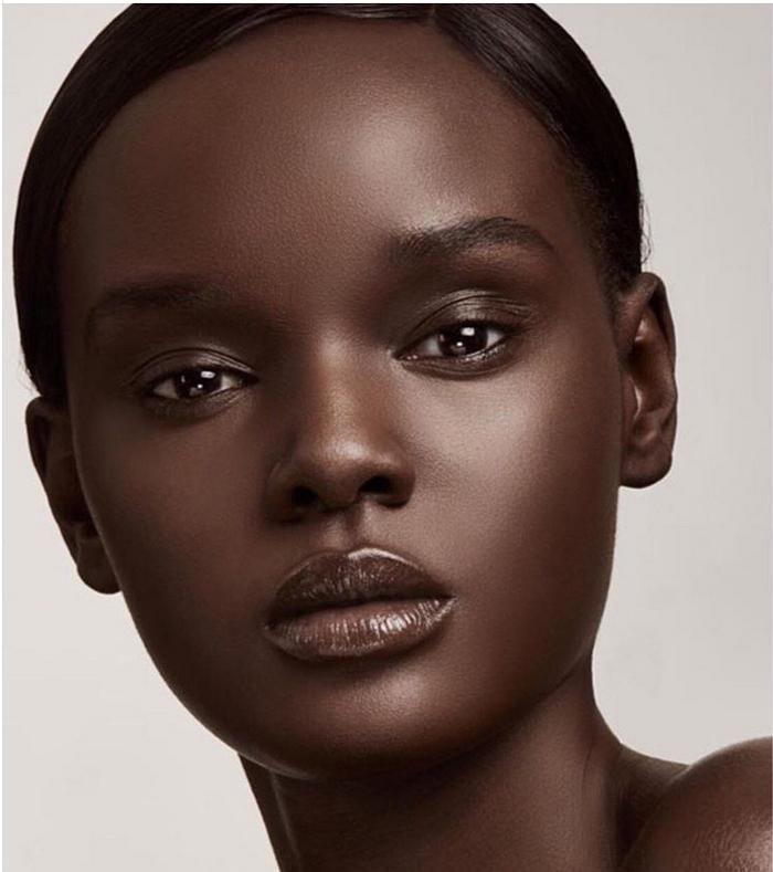باربی سیاه: مدلی که دنیا را مات زیبایی خود کرده است {hendevaneh.com}{سایتهندوانه}باربی سیاه: مدلی که دنیا را مات زیبایی خود کرده است - 223433 482 - باربی سیاه: مدلی که دنیا را مات زیبایی خود کرده است
