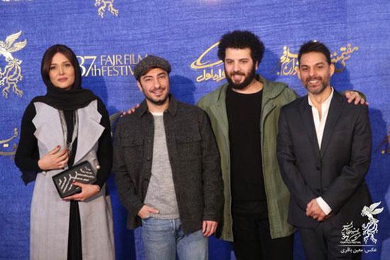 نوید محمدزاده و پریناز ایزدیار روی فرش قرمز +عکس