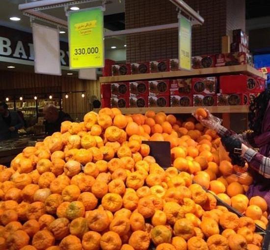 نارنگی کیلویی ۳۳ هزار تومان در شمال تهران+عکس