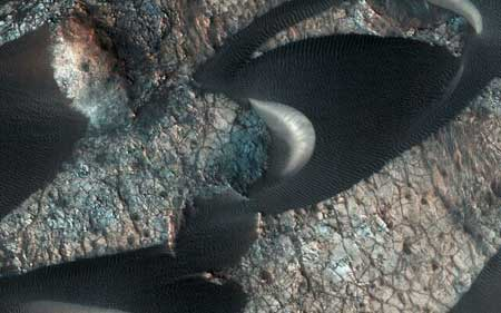 عکس روز ناسا؛ تپههای ماسهای مریخ