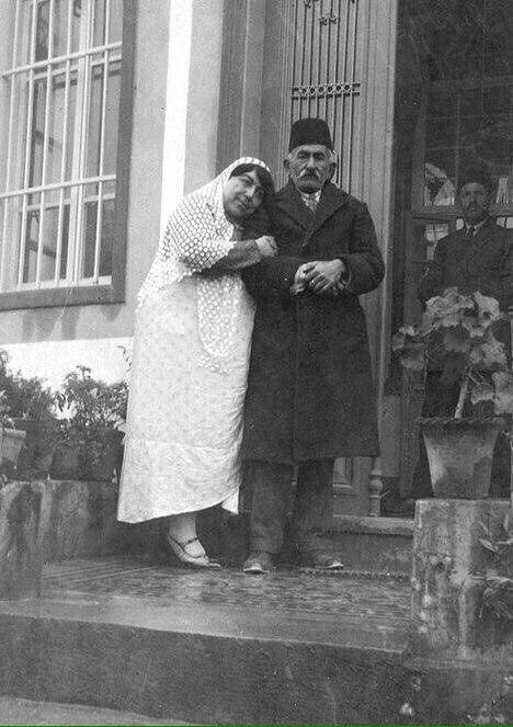 تصویری جالب از زوج ایرانی در زمان قاجار